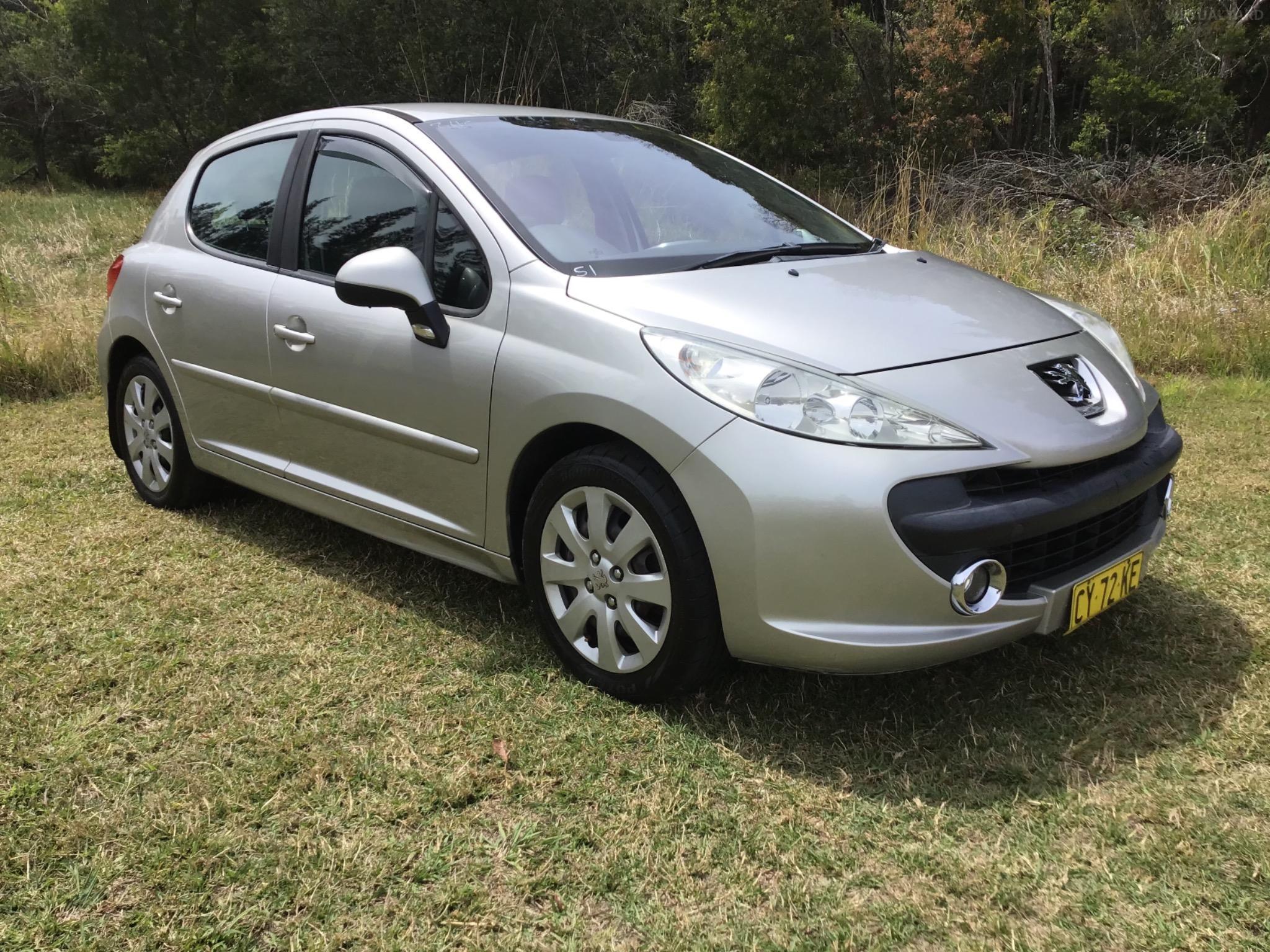 2007 Peugeot 207 A7 XT HDi Hatchback 5dr Man 5sp 1.6DT Picture 8