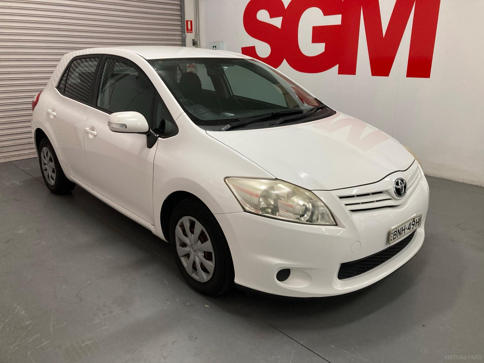 2010 Toyota Corolla ZRE152R Ascent Hatchback 5dr Man 6sp 1.8i Picture 8